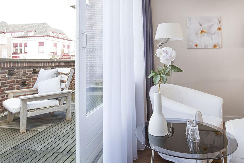hotel balkon scheveningen